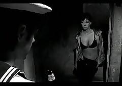 Vi presenta mia figlia (2002)..