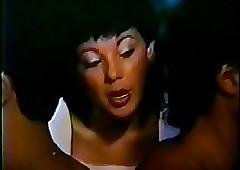 Duas Mulheres e um Ponei (1987)..