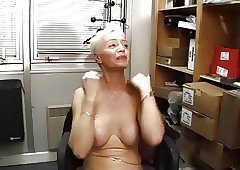 Sonja Muere , Les Mamies..