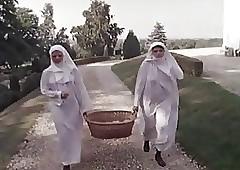 Output Peculiar Nuns (Camaster)