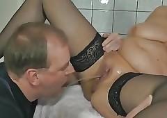 Pissing involving along to larder